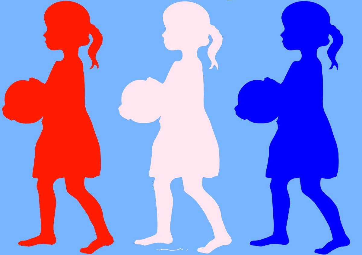 3 petites filles au ballon
